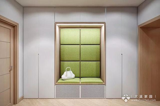 头一次见门厅和过道这样设计,装修效果太漂亮了,亲朋好友都说好 ...
