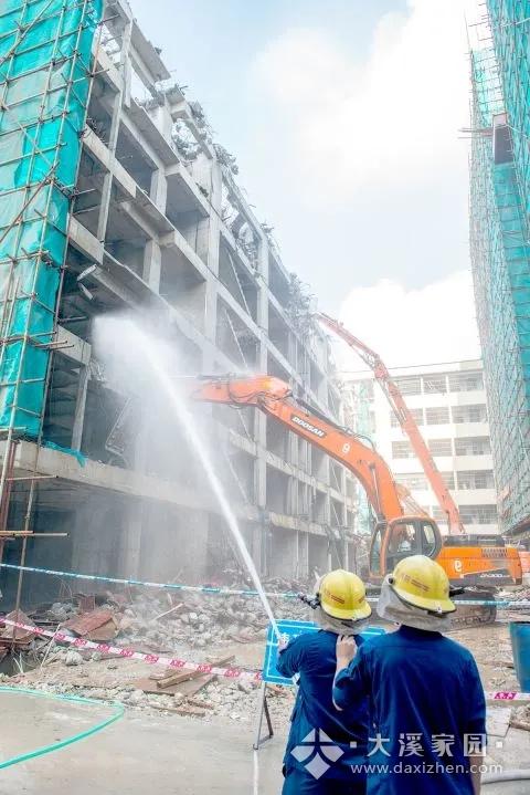 揭阳市委书记在全市整治违法建设现场会上强调 高站位 严执行 立规矩 强震慑